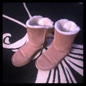 Bailey ugg boots tan size 10